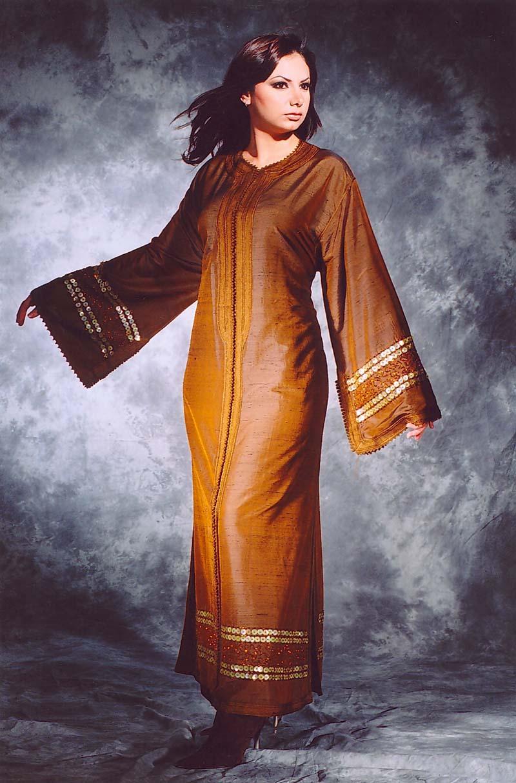 الجلابة، لباس الفخامة والتألق djellaba7.jpg